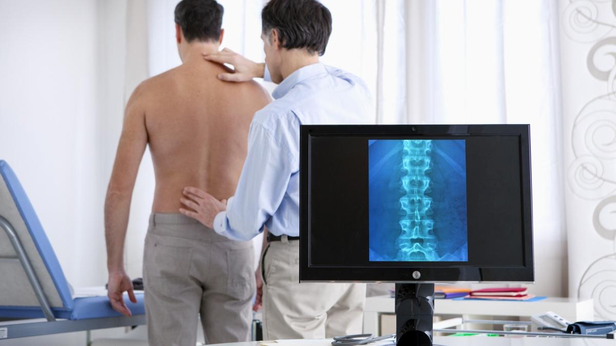 Come si svolge la visita neurochirurgica, per la diagnosi dei disturbi del cervello e del sistema nervoso