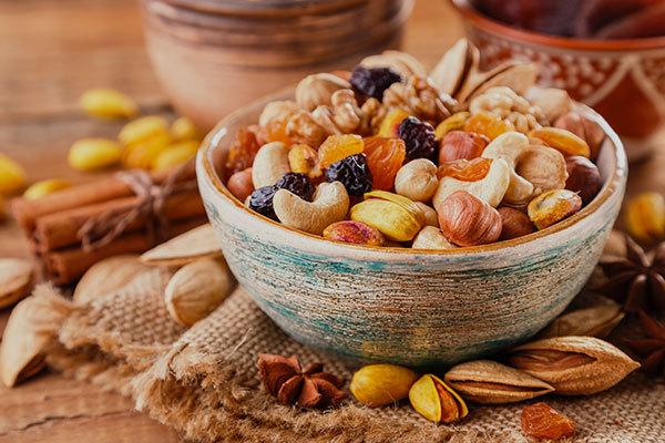 Perchè la frutta secca fa bene al cuore?