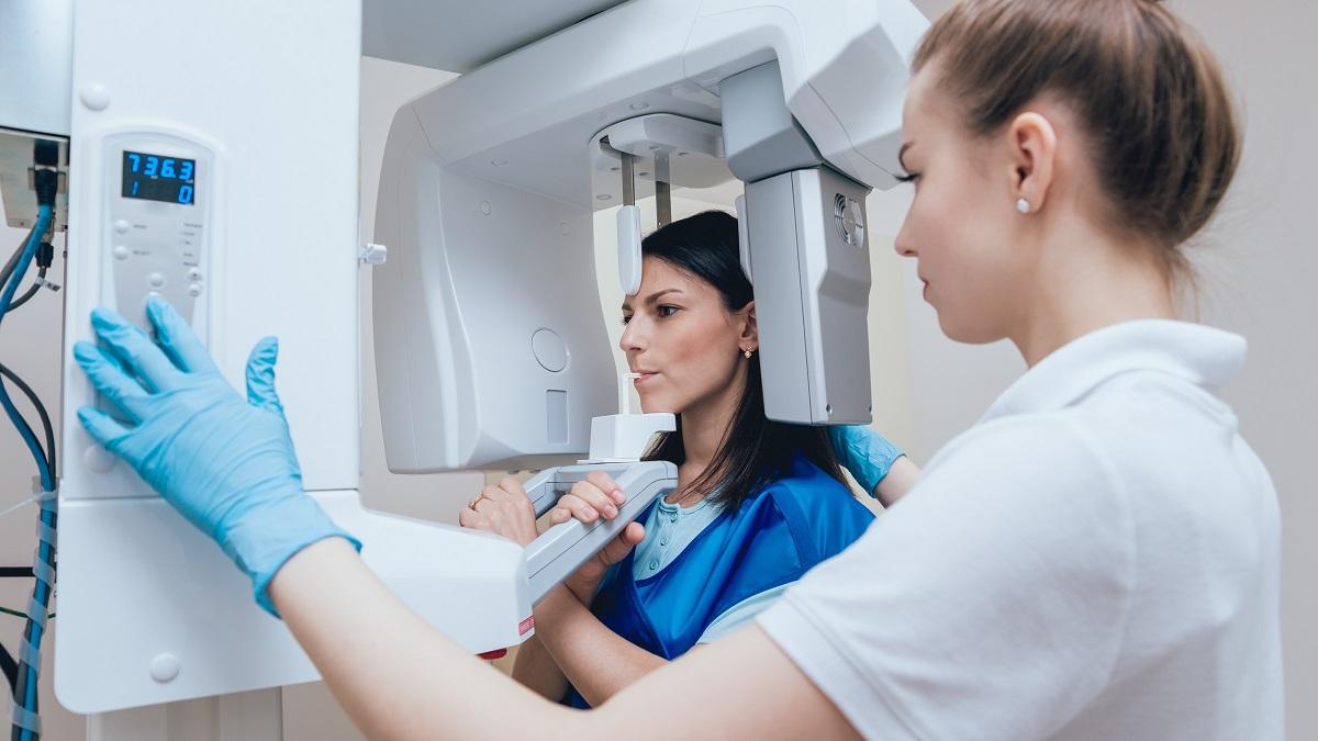 Panoramica dentale: i vantaggi della TC Cone Beam