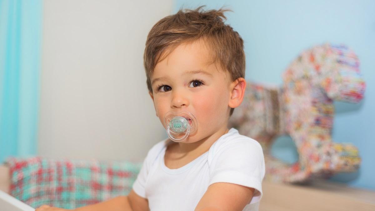 Lo sviluppo della bocca nei bambini: gli effetti del ciuccio