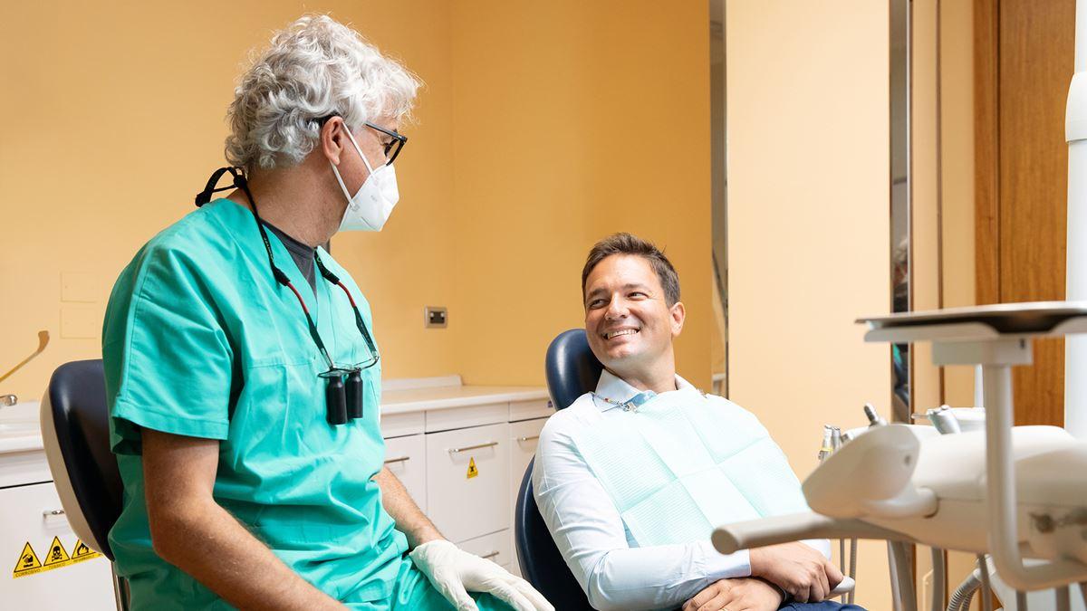 Prendersi cura della salute del cuore con una buona igiene orale
