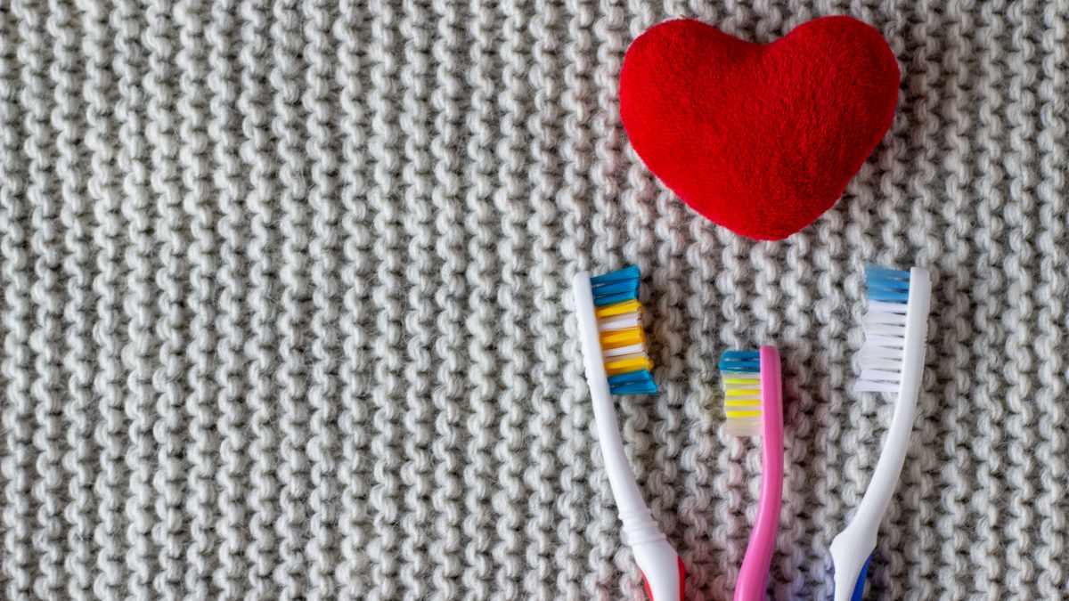 Salute orale e problemi al cuore: la connessione tra patologie gengivali e rischio cardiovascolare
