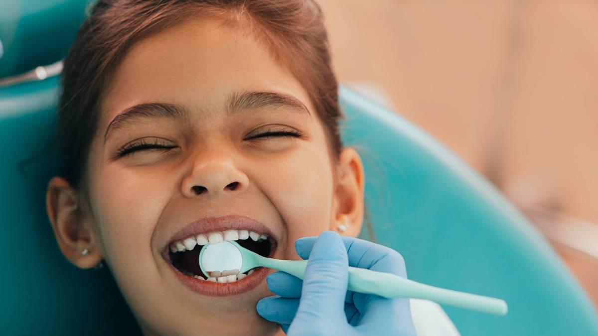 Fluorizzazione dentale: cos'è e come può aiutare l'igiene orale