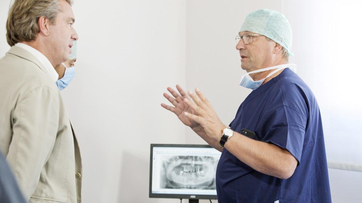 Come affrontare al meglio un intervento di chirurgia orale anche per i pazienti complessi