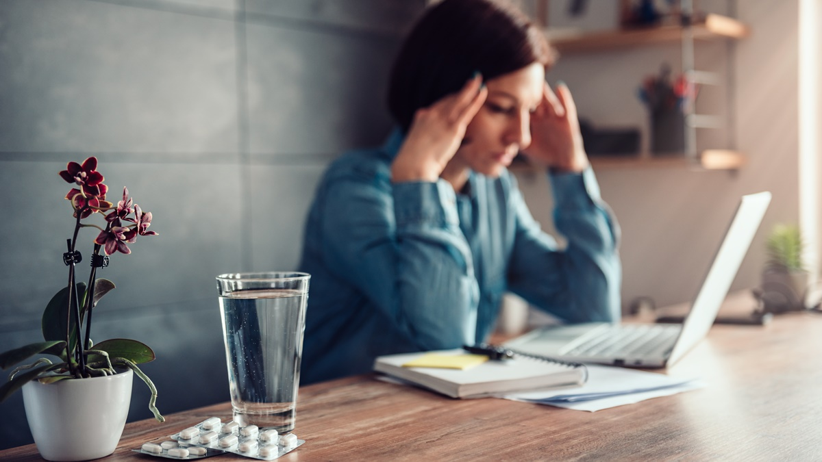 Mal di testa: quando è necessario rivolgersi al neurologo?