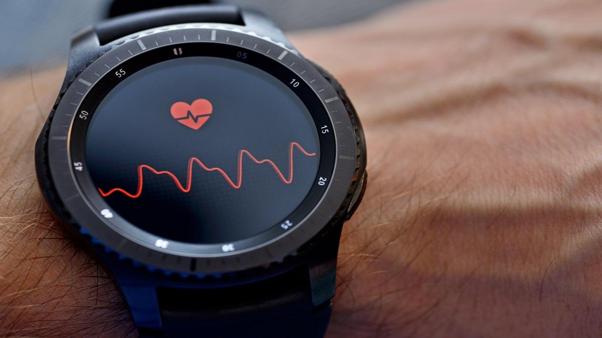 Tachicardia ventricolare: 33enne salvato dallo smartwatch