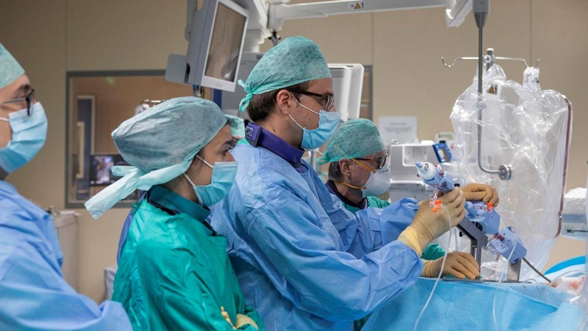 Insufficienza della valvola tricuspide: primo intervento in Italia con la Triclip a Maria Cecilia Hospital