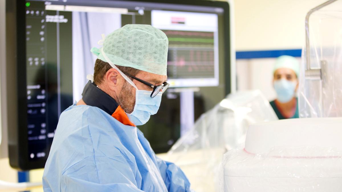 Litotripsia coronarica in pazienti ad alto rischio associata a TAVI