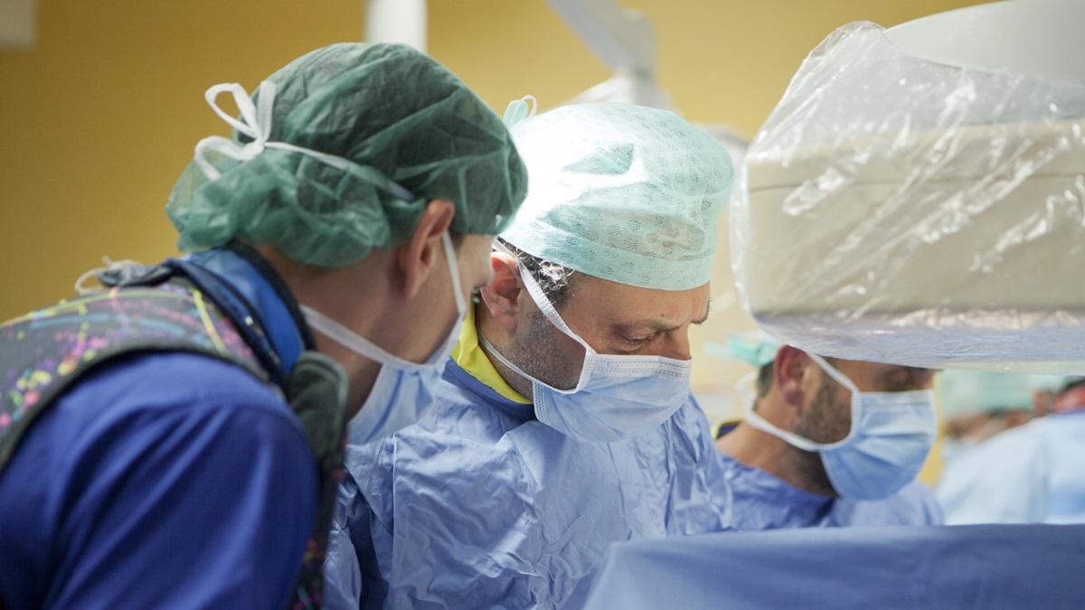 Paziente affetta da insufficienza mitralica severa salvata dall'Heart Team con un intervento mininvasivo di Neochord