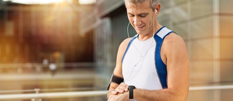 Corri, nuota o allenati in casa lo sport fa bene al cuore!