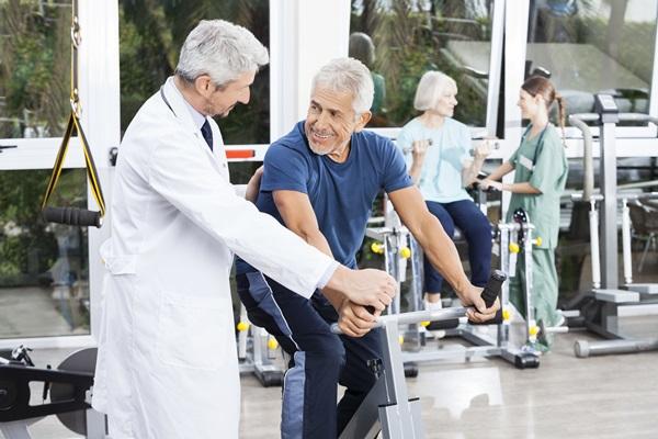 Riabilitazione cardiologica, la ginnastica che aiuta il cuore