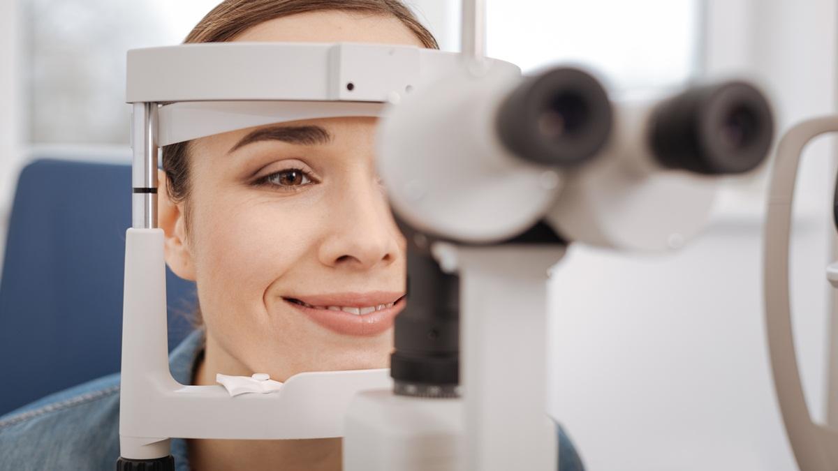 L'astigmatismo si corregge con il laser