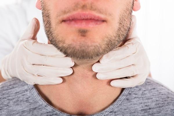 Diagnosi avanzate e chirurgia mininvasiva delle patologie tiroidee