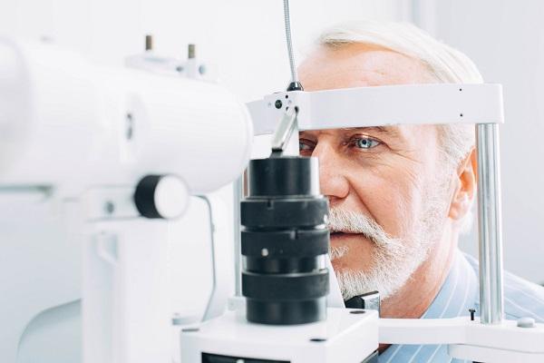 Patologie rare agli occhi: sintomatologia e cure