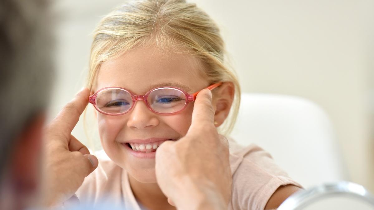 Strabismo pediatrico: quando portare il bambino dall'oculista?
