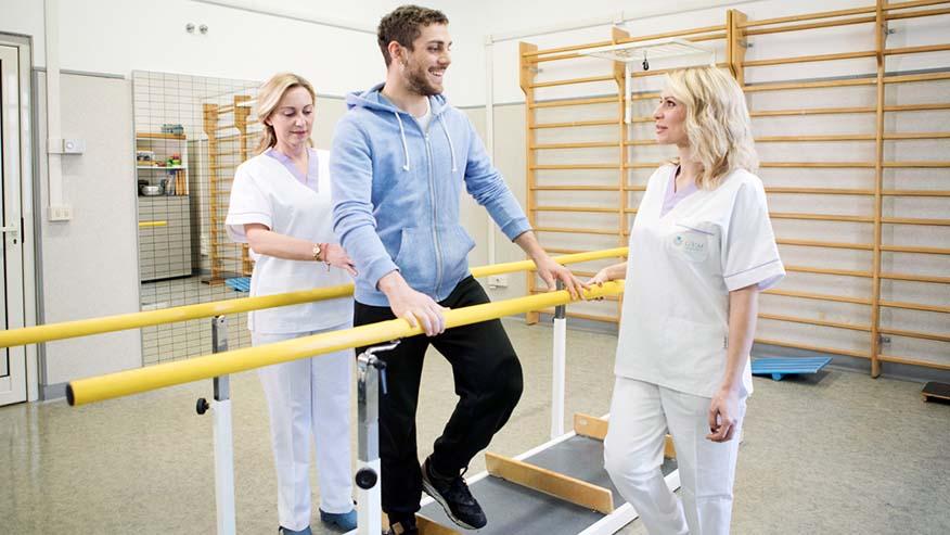 Fisiokinesiterapia e riabilitazione motoria: quando è consigliata e come affrontare il percorso.