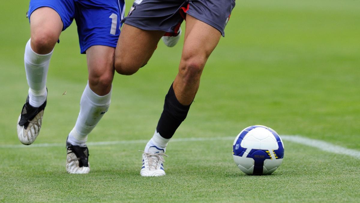 Come si trattano le lesioni al menisco nei giocatori di calcio?